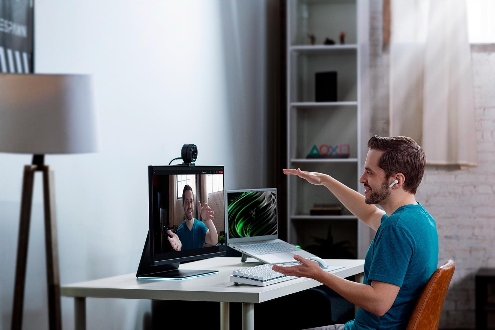 Широкоугольная веб-камера для виде звонков Razer Kiyo Pro