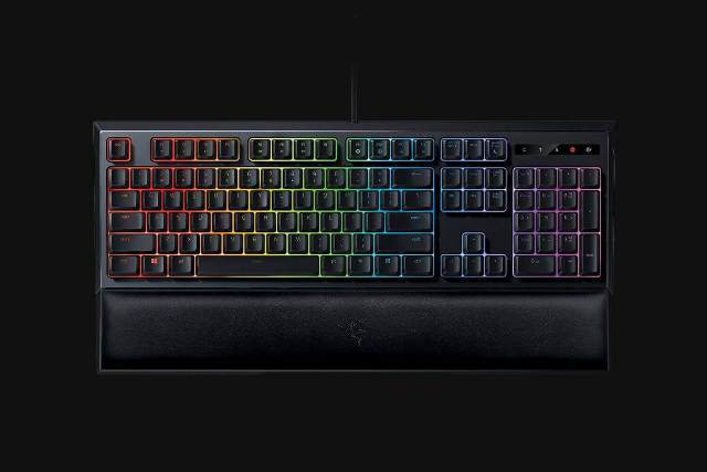 Razer Ornata Chroma - вид сверху