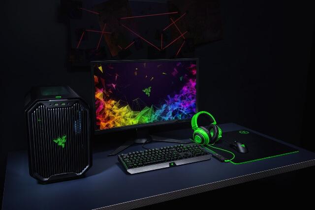 Razer Kraken TE - занимает свое место на столе геймера